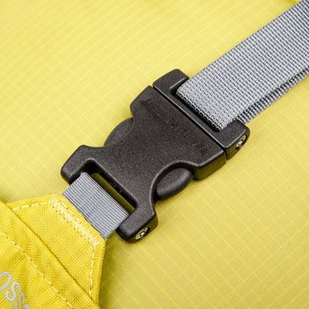 Sea to Summit Field Repair Side Release Buckle 2 Pin in use