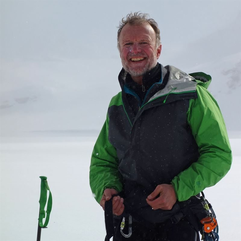 Charles Sherwood near the end of the traverse of the Salvesen Range (Photo: Stephen Reid)